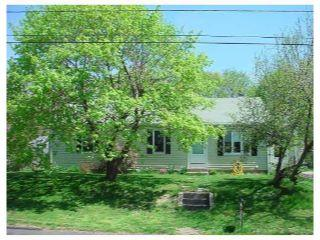 Property in Warwick, RI thumbnail 6