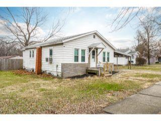 Property in Litchfield, IL 62056 thumbnail 0