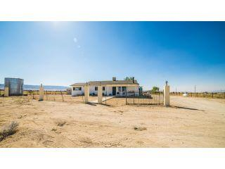 Property in Lancaster, CA thumbnail 4