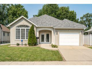 Property in Litchfield, IL thumbnail 6