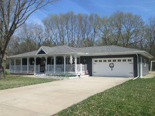 Property in Manito, IL thumbnail 1