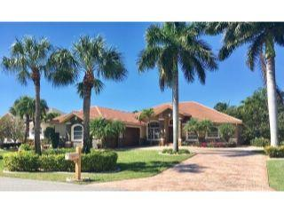 Property in Fort Myers, FL thumbnail 3