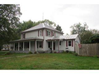 Property in Henry, IL thumbnail 6