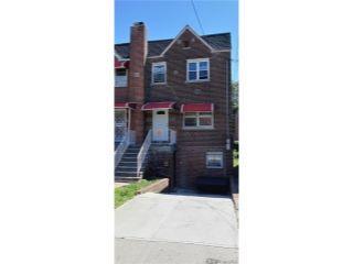 Property in Bronx, NY thumbnail 2