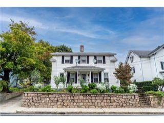 Property in Cumberland, RI thumbnail 4