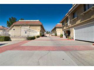 Property in Pomona, CA thumbnail 3