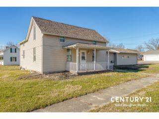 Property in Mount Olive, IL thumbnail 3