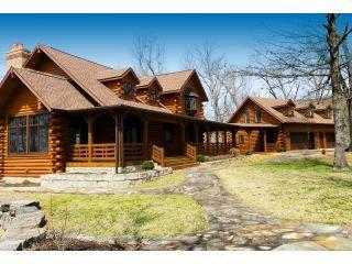 Property in Eureka Springs, AR 72632 thumbnail 0