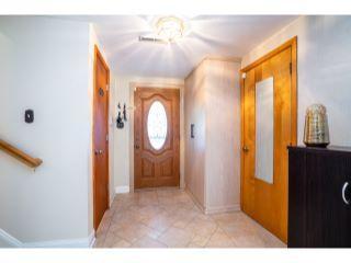 Property in East Windsor Township, NJ thumbnail 6