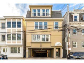 Property in Boston, MA thumbnail 2