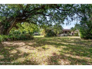 Property in Cocoa, FL thumbnail 2
