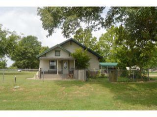Property in Winnsboro, TX thumbnail 4