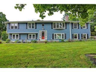 Property in Walpole, MA thumbnail 3