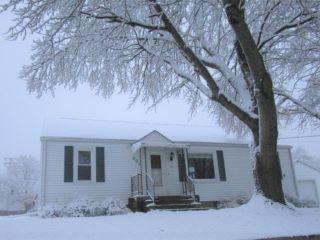 Property in Creve Coeur, IL thumbnail 4