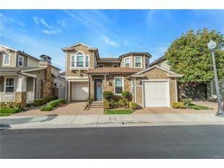 Property in Huntington Beach, CA thumbnail 3