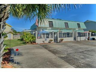 Property in Panama City Beach, FL thumbnail 4