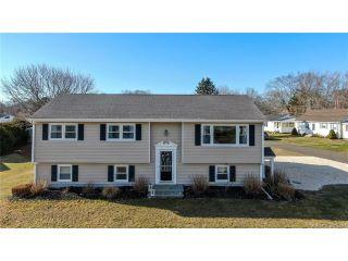 Property in Old Lyme, CT thumbnail 3