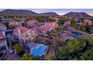Property in Glendale, AZ thumbnail 4