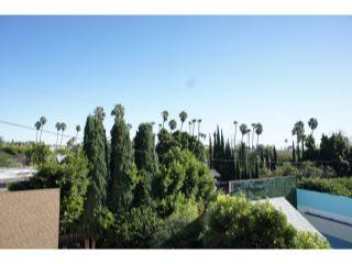 Property in Hollywood Hills, CA 90046 thumbnail 1
