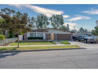 Property in Los Alamitos, CA thumbnail 5