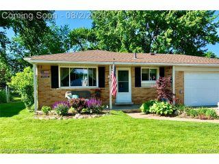Property in Sterling Heights, MI thumbnail 1
