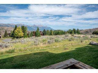 Property in Jackson, WY thumbnail 1