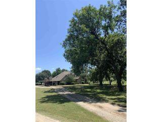 Property in Jacksboro, TX thumbnail 4