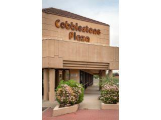 Property in Phoenix, AZ 85022 thumbnail 0