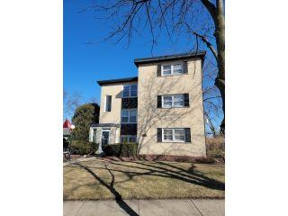 Property in Mount Prospect, IL thumbnail 5
