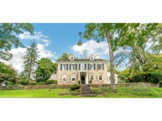 Property in Phoenixville, PA thumbnail 3