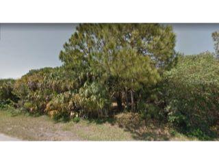 Property in Port Charlotte, FL thumbnail 2