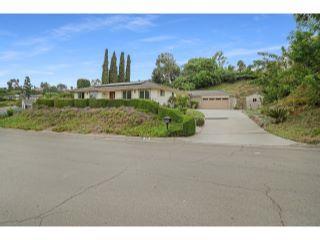Property in Fullerton, CA thumbnail 4