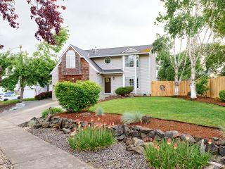 Property in HUbbard, OR thumbnail 5
