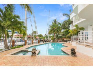 632 3rd Key Dr Fort Lauderdale-large-031-2-Pool-1500x1000-72dpi