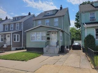 Property in Cambria Heights, NY thumbnail 1