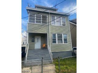 Property in Newark, NJ thumbnail 6