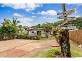 Property in Haleiwa, HI thumbnail 1
