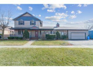Property in Worth, IL thumbnail 2