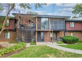 Property in McHenry, IL thumbnail 4
