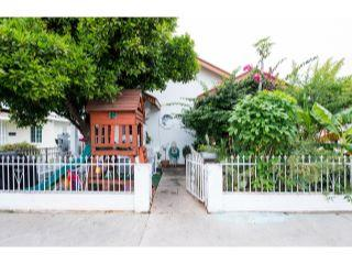 Property in Los Angeles, CA thumbnail 5