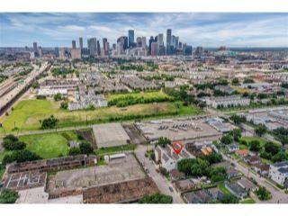 Property in Houston, TX 77003 thumbnail 0