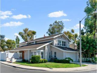 Property in Irvine, CA thumbnail 4