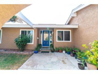 Property in Palmdale, CA 93551 thumbnail 2