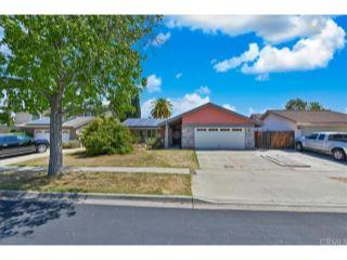 Property in Lake Forest, CA thumbnail 3