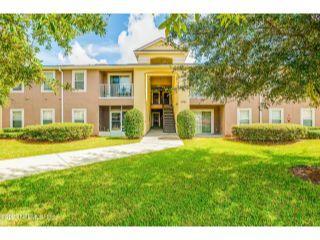 Property in Jacksonville, FL thumbnail 3