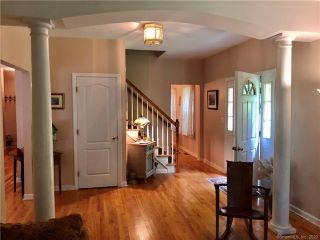 Property in Clinton, CT thumbnail 5