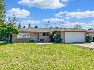 Property in Visalia, CA thumbnail 3
