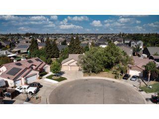 Property in Visalia, CA 93291 thumbnail 2