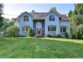Property in Manchester, CT thumbnail 3