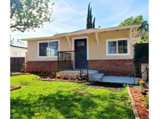 Property in Sylmar, CA thumbnail 3